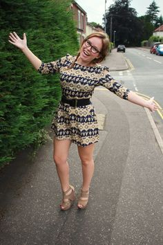 she's so cute and adorable, love her and her style Tanya Burr, Zoe Sugg, Her Style, Youtubers, Fashion Forward, Love Her, Most Beautiful, Cold Shoulder Dress, Tulle
