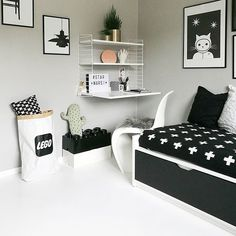 Kid's Room Inspiration - Black and White Home Decor Bedroom, Kids Bedroom, Bedroom Ideas, Master Bedroom, Kids Room Design, Boy Room, String Pocket, Rooms, Girls