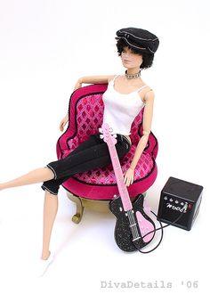https://flic.kr/p/81TBD2 | Vero Rocker 1a | Chillin' out in the Barbie Fashion…