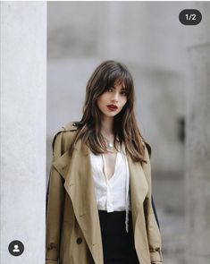February 27 2020 at fashion-inspo Medium Hair Styles, Short Hair Styles, Style Parisienne, Winter Mode, Dream Hair, Bad Hair Day, Parisian Style, Mode Style, Pretty Hairstyles