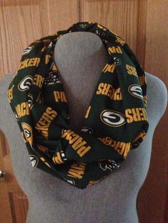 Green Bay Packers Infinity scarf by KruseKreations22 on Etsy https://www.etsy.com/listing/175073203/green-bay-packers-infinity-scarf