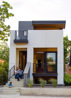 Denver - Tomecek Studio - Note flow of front porch, second story deck. 2311 West Avenue Denver , CO 80211 Studios Architecture, Modern Architecture, Tiny House Design, Modern House Design, Modern Exterior, Exterior Design, Small Modern Home, Modular Homes, Small House Plans