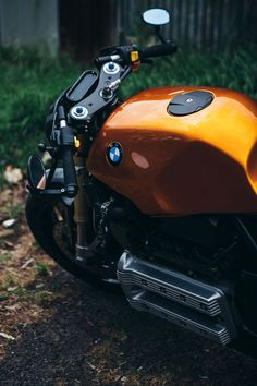 The Hornet – a machine that received it's namesake both from it's colour, hornet orange, and its owners history flying fighters in the RAAF. Moto Ducati, Bmw K100, Ducati Monster, Hornet, Bike, Motorcycles, Cars, Inspiration, Bicycle