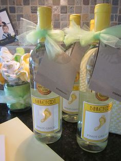 Neutral Baby Shower Party Prizes   Barefoot Wine And Starbucks!