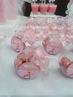 Discover thousands of images about Ballerina Birthday party ideasThese are cute favors. Idee Baby Shower, Baby Shower Favors, Wedding Favors, Party Favors, Wedding Gifts, Favours, Ballerina Birthday, Hello Kitty Birthday, Barbie Party