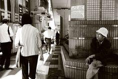 oldboy in the street    photo by wanki    http://blog.naver.com/wanki2088