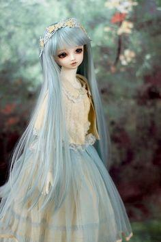 冬幻郷 | by ♡Maruko♡ Ball Jointed Dolls, Beautiful Dolls, Barbie Dolls, Pastel, Victorian, Photos, Dresses, Fashion, Cute Dolls