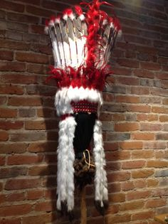 Gustoweh traditional headdress of condoled royanni chiefs for What crafts did the blackfoot tribe make