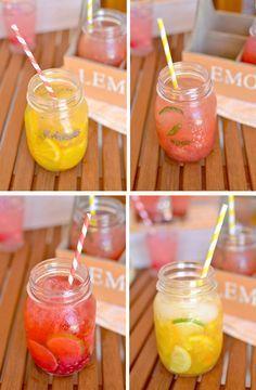 Fresh fruit water: orange and lavender, watermelon and mint, raspberry and lime, citrus / Agua de fruta fresca: naranja y lavanda, sandía y menta, frambuesa y lima, cítricos.