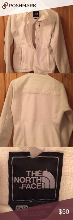 Women's The North Face jacket XS Women's size XS The North Face jacket. This jacket is in good condition, very clean and no stains. All zippers are in good working condition. Perfect winter white color! The North Face Jackets & Coats