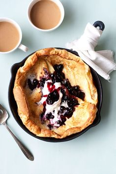 Lemon Blueberry Dutch Baby - Brunch done right by Hungry Girl Por Vida @Cindy | Hungry Girl Por Vida
