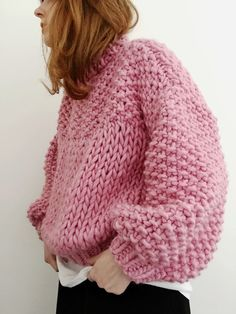 Chunky-knit pink sweater -TS /// Colours featured: Pink Lemonade, Rust & Midnight Blue. Pull Crochet, Knit Crochet, Easy Crochet, Sweater Knitting Patterns, Knit Patterns, Knitting Sweaters, Crochet Pullover Pattern, Vogue Knitting, Hand Knitting