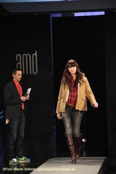 AMD Akademie Mode & Design - Graduate Fashion Show NEXT.12 - Wonderlab am 25.02.2012  http://www.ganz-muenchen.de/shopping/mode/modeschulen/amd_akademie_mode_design/next12_wonderlab.html