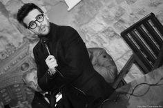 Repost delfi_na Il bianco e nero per nascondere i difetti? No, per leggerti dentro. La gallery della HouseTeca: https://m.facebook.com/story.php?story_fbid=579844252214831&id=445950962270828 #pierobaronehouseteca #pierobarone #houseteca #ilvolo #naro #castellodichiaramonte #photography #photographer #photo #canon #blackandwhite #workandpassion #ignazioboschetto #gianlucaginoble