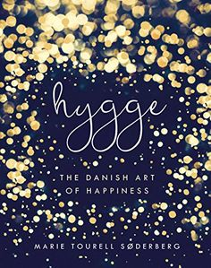 Others books will tell you how to do hygge. Now Danish actress and hygge aficionado Marie Tourell Soderberg has Got Books, Books To Read, Danish Actresses, Hygge Book, Hygge Life, Turbulence Deco, All That Matters, Little Books, Book Photography