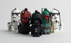 If you consider yourself anyone in this world, you would have already been over to Jacopo Rosati's website to order yours. My personal favorite is without doubt the Darth Vador. The 'Fet looks nice too!