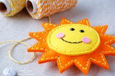 1 SIMON SAYS STAMP SPRING PLUSH FELT SUN AND CLOUD BY WANDA GUESS