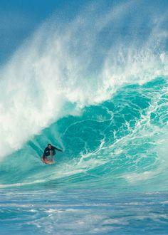 Jamie // Ph: Red Bull                        Jamie O'Brien surfing Hawaii