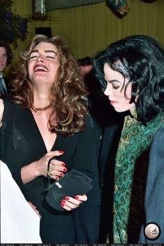 """Michael Jackson: """"What's so funny?! They lock people up for stealing purses you know!"""""""