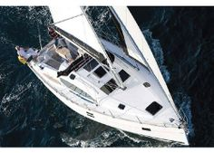 Impression 444 #Yacht - From above view. SailBoat Design by Rob Humphreys. Boatyard: Elan. Year: 2011. Find out more at: http://www.barcheyacht.it/scheda-tecnica/elan-impression-444/