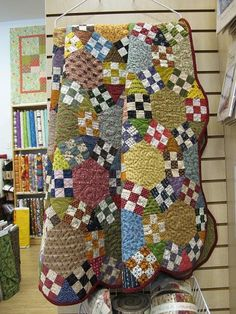 Chain Reaction AKA Jack's Chain AKA Ring Cycle from B&B Quilting in Buda, TX ~ love the design, not the colors.