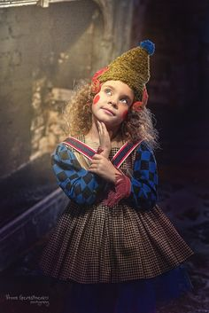 детское фото pretty woman polka dot dress and shoes - Woman Shoes Fashion Design For Kids, Kids Fashion, Vintage Circus Costume, Circus Fashion, Creative Halloween Costumes, Sweet Girls, Dot Dress, Pretty Woman, Cool Kids