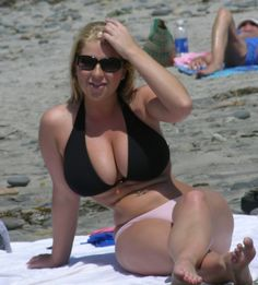 Black & Pink bikini on the beach