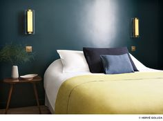 The Hotel Henriette Rive Gauche – a boutique design hotel in Paris' Left Bank that makes you not just want to stay there, but move right in! Paris Hotels, Hotel Henriette Paris, Paris Rooms, Hotel Room Design, Interior Architecture, Interior Design, Hotel Decor, Boutique Design, Rive Gauche