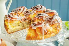 Nydelig prinsessekake med vaniljekrem   Coop Marked Cake Cookies, Camembert Cheese, Sweets, Baking, Food, Caramel, Sweet Pastries, Gummi Candy, Patisserie
