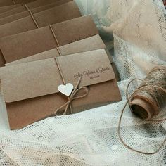 ideas for vintage wedding invitations diy envelopes Wedding Invitation Envelopes, Vintage Wedding Invitations, Rustic Invitations, Wedding Invites Rustic, Event Invitations, Wedding Cards, Diy Wedding, Formal Wedding, Wedding Decorations