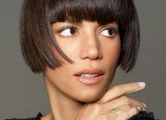CeleBeauty Watch: Model Veronica Webb Shares Beauty Secrets with DooBop Short Bobs With Bangs, Short Hair Cuts, Short Hair Styles, My Hairstyle, Cool Hairstyles, Very Short Bob, Super Short Bobs, Black Supermodels, Veronica Webb