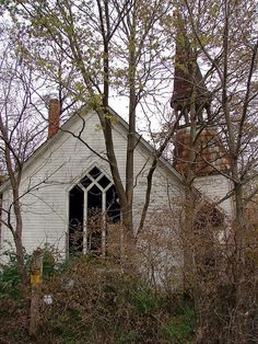Abandoned Church by Cassie Peters All rights reserved © Angelandspot