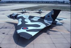 XL 390 Military Jets, Military Aircraft, Vickers Valiant, Tupolev Tu 144, V Force, Avro Vulcan, Delta Wing, Flying Wing, Air Force Aircraft