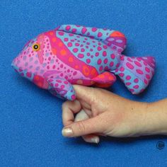 This is the Finger Pocket Fish 3 shape demonstrating how the 'finger pocket' works to turn your toy into a type of 'puppet'! Types Of Puppets, One Banana, Stuff To Do, Dinosaur Stuffed Animal, Finger, Sewing Patterns, Shapes, Fish, Pocket