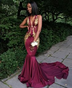 2018 Wine Red Burgundy Mermaid Prom Dress Prom Dresses Sexy Deep V Neck Gold Appliques Evening Dress Evening Dresses Party Gowns Vestidos Prom Girl Dresses, Prom Outfits, V Neck Prom Dresses, Black Prom Dresses, Mermaid Evening Dresses, Homecoming Dresses, Dress Prom, Party Dress, Party Gowns