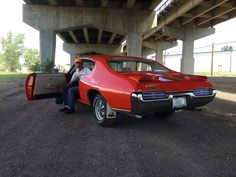 Pontiac GTO Judge 1969 Bill's one owner images - https://www.musclecarfan.com/pontiac-gto-judge-1969-bills-one-owner-images/