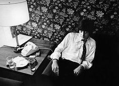 Harry Benson: John Lennon sits alone after issuing an apology to the press