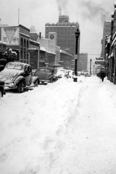 Archive Photos of the Day: Vancouver Snow Photos Vancouver Photos, Vancouver Washington, Vancouver Island, Old Pictures, Old Photos, Vintage Photos, Snow Scenes, Winter Scenes