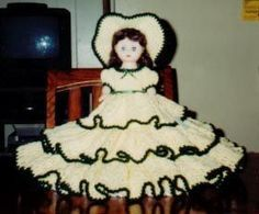 SUZANNAH BED DOLL PATTERN BY RICOCHET 1950   Crochet Bed Doll Patterns Free