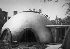 331. Witold Lipiński /// Igloo House /// Wrocław, Poland /// 1962 OfHouses guest curated by PLURAL. (Photo: © Filip Springer, Wratislaviae Amici. Source: dolny-slask.org.pl, tvn24.pl.) Igloo House, Dome House, Steven Holl, Poland, City, Studio, Travel, Twitter, Design