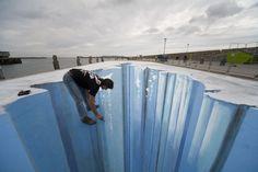 Edgar Mueller 3D Sidewalk Paintings