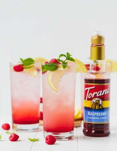 Learn how to make the best single serve Sparkling Raspberry Lemonade at home with five simple ingredients. via Learn how to make the best single serve Sparkling Raspberry Lemonade at home with five simple ingredients. Rasberry Lemonade, Sparkling Lemonade, Summer Drinks, Fun Drinks, Cold Drinks, Raspberry Syrup Recipes, Soda Stream Recipes, Cream Of Pumpkin Soup, Torani Syrup