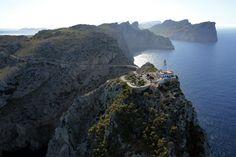 De la Torre de Hércules al cabo de Gata, una decena de torres para guiar en las costas españolas