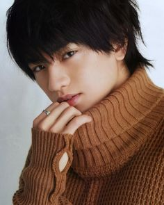 Kento Nakajima, Human Poses, Asian Boys, Bad Boys, Idol, Turtle Neck, Kawaii, Celebrities, Sexy