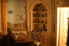 Here are some photos my friend Naved took at the Baltimore Museum of Art. The Thorne Miniature Rooms were on a traveling exhibit at the muse...