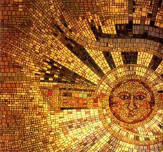 Semper Refulgens by Scott Harrower glass and 24 carat gold mosaic