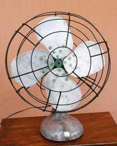 Eletrodomésticos Antigos - Ventilador Westinghouse Anos 50 - R$ 195,00 em Mercado Livre
