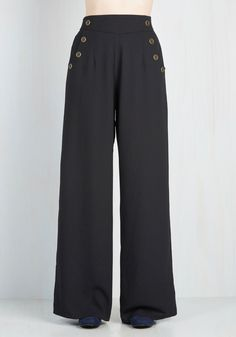 Every Opportunity Pants in Black. You take any opportunity to go above and beyond so today, you apply your next-level attitude to your style by wearing these wide-legged black trousers. Vintage Outfits, Vintage Pants, Vintage Jacket, Vintage Clothing, Vintage Dresses, 1930s Fashion, Retro Fashion, Vintage Fashion, Club Fashion