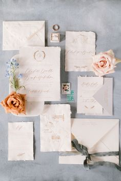 Wedding invitations and details with warm and whimsical florals, pink and peach shades for your elegant bridal style. #elegantbridalstyle #elegantbridalinspiration #weddinginvitations #weddingflatlay #weddingdetails