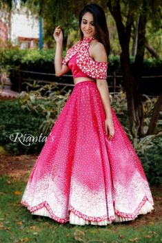 Indian Gowns Dresses, Indian Fashion Dresses, Dress Indian Style, Indian Designer Outfits, Party Wear Indian Dresses, Fashion Outfits, Choli Dress, Lehenga Blouse, Lehenga Choli